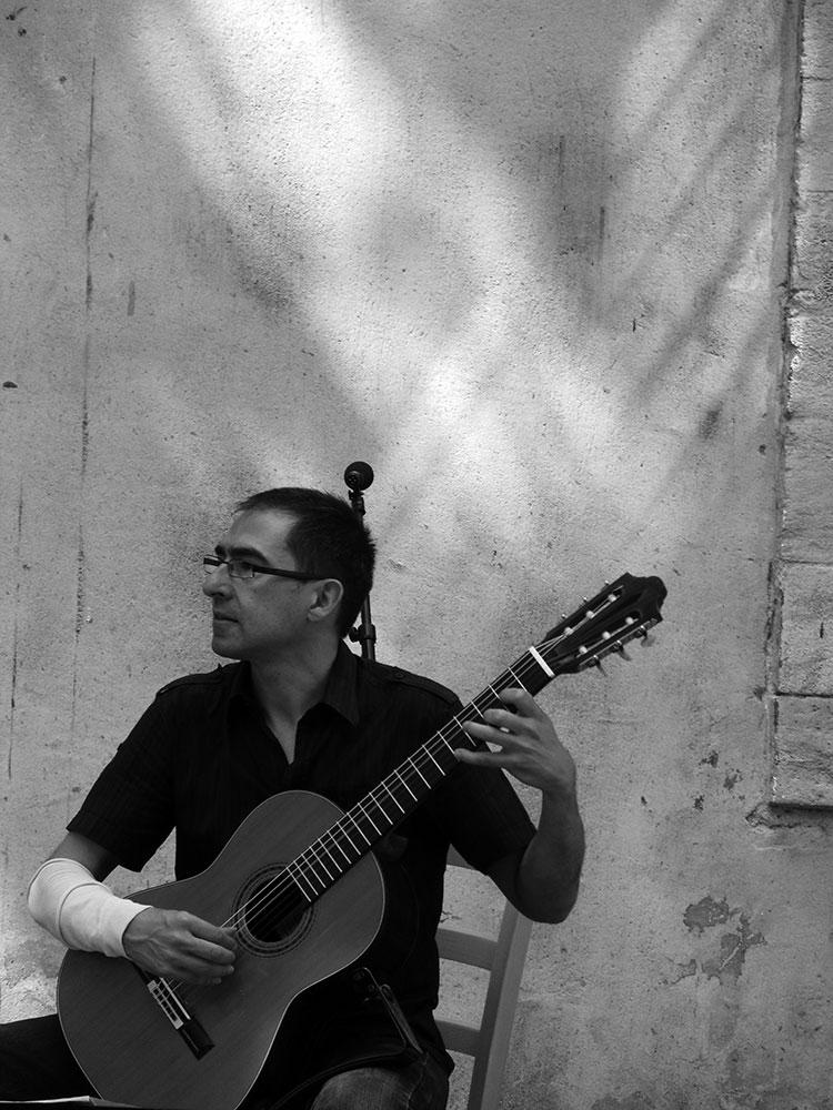 Pablo Marquez – guitar