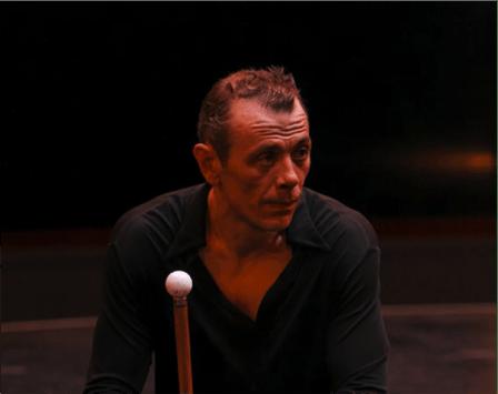 Jérôme Thomas –- juggler